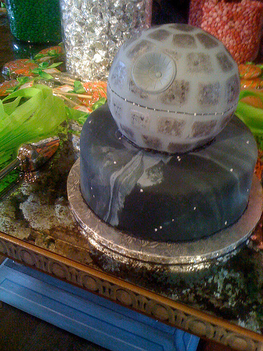 Death Star Wedding Cake - photo from gizmodo