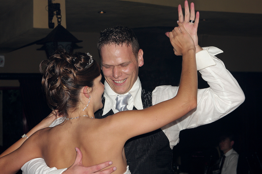 Wedding dance lessons can be worth it for the groom