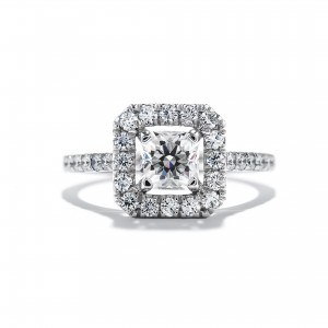 Platinum and diamond engagement ring by Hearts on Fire