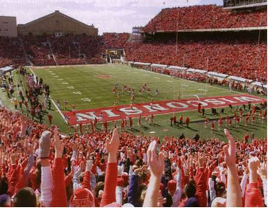 wisconsin badgers football game