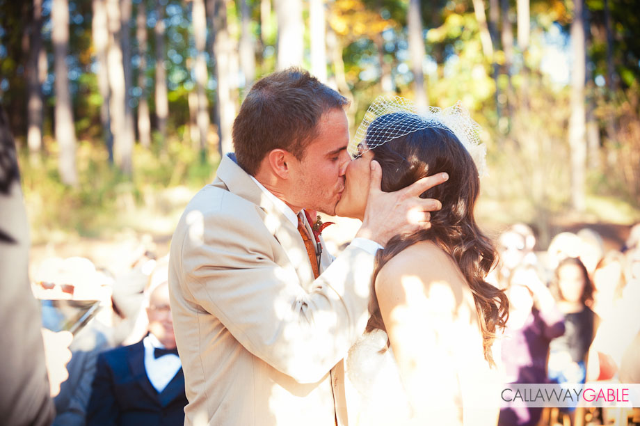 deanna pappas bride kissing groom