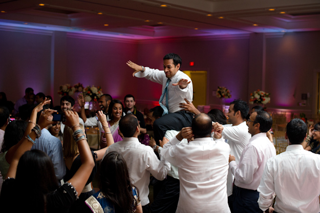 groom dance moves wedding