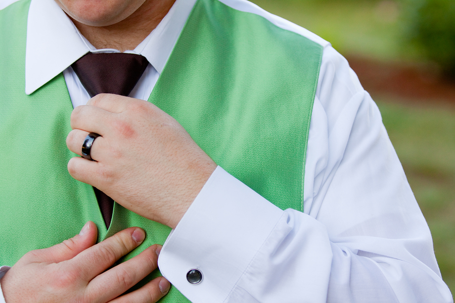 how to be an eco-friendly groom