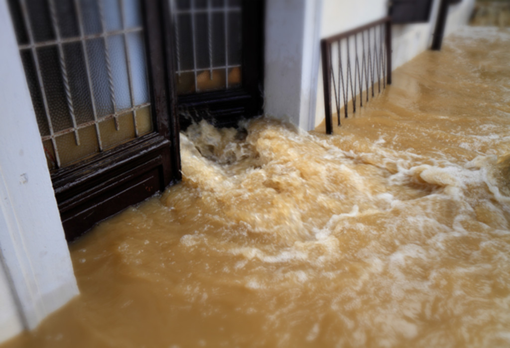 wedding venue floods with brown water