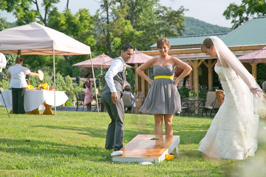 wedding_cornhole_photo_01
