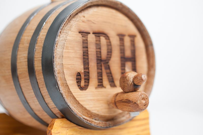 custom casks to age your own home  whiskey in