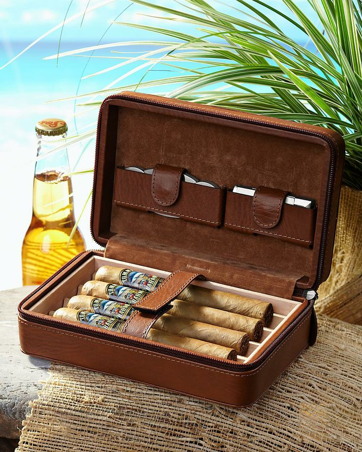 Father's Day Gift Idea: Tommy Bahama travel cigar case