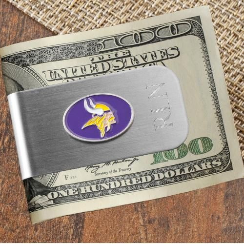 You'll be the MVP of the tailgate with this handy 2-in-1 engraved NFL team money clip bottle opener.