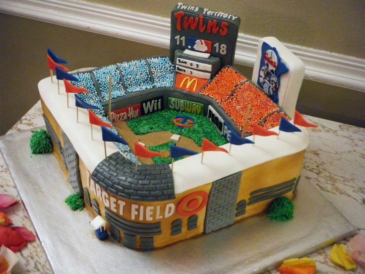 This intricate Target field groom's cake is perfect for any Minnesota Twins fan.
